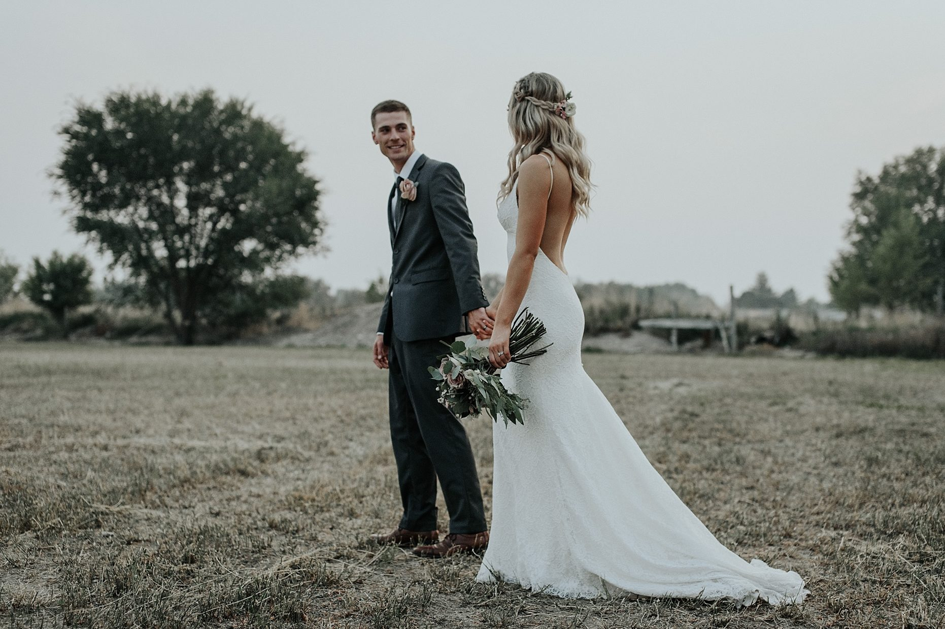 Maggie Grace Photography,How To Find A Cheap Wedding Dress